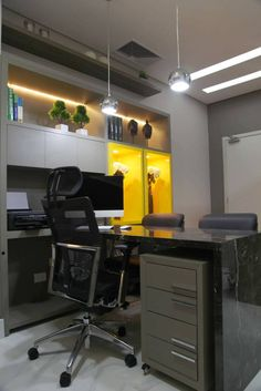 Consultório Médico para Urologista! (De Suelen Kuss Arquitetura e Interiores)