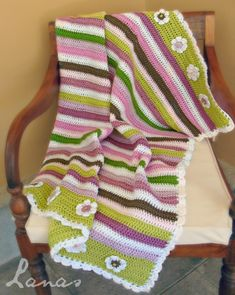 Lanas de Ana: Stripes for Girls. Adorable !! Making one for my grand daughter who will be 3 .... A cute snuggle blanket!