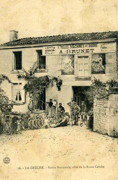 Négoce de cycles à La Crèche (79) carte postale 1900