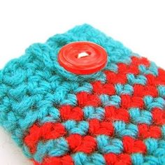 turquoise and red V Red Turquoise, Aqua, Cozy Cover, Color Combos, Red And Blue, Knit Crochet, Iphone Cases, Unique Jewelry, Handmade Gifts