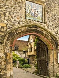 Priory Gate (aka St. Swithun's Gate)  -  Winchester, Hampshire, England  -  built 15th century (1400s)  -  originally part of the prior of St. Swithun  (dissolved by Henry 8th in 1539)  -  gives access to the cathedral close from St. Swithun St.