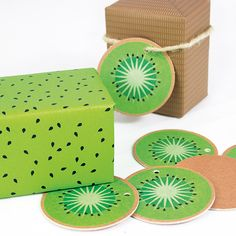 Kiwi gift tags and wrapping paper