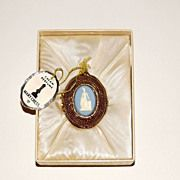 Wedgwood Medallion/Locket/Pendant Cream Perfume by Mary Chess. Rare