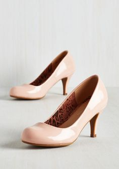 Gloss In Thought Heel in Blush. With a sense of focus as sharp as the style of these pastel pink pumps, youre one gal who sure gets things done. Pink Pumps, Blush Heels, Shoe Boots, Shoes Heels, Vintage Heels, Retro Vintage, Prom Heels, Bridesmaid Shoes, Cute Heels