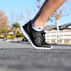 Sure, lap for lap, running burns more calories than walking. But research suggests a super-long walk might be just as good as a short jog. Read on to find out which pace is the best fit for you.