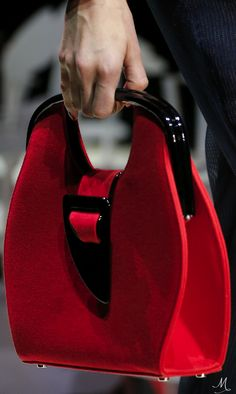 Spring 2016 Ready-to-Wear Giorgio Armani