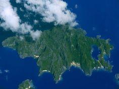 Miniloc Island Philippines Travel, Travel Information, Archipelago, Tropical, Earth, Tours, Island, Adventure, Mountains