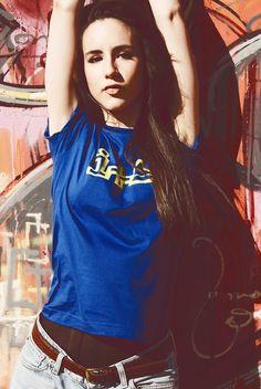 T-Shirt: Royal Blue + Yellow / Model: Loreto Solanes / Photo: Lucas Lorén / Spot: Mural Zaragoza Ciudad 2009 (Expo 2008)