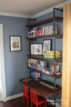 DIY Room Decor Ideas for Boys - - DIY Industrial Pipe Shelves and Desk - Teen Bedroom Decor Idea for Boy - Wall Art, Lighting, Lamps, Shelves, Bedding. Pipe Bookshelf, Diy Pipe Shelves, Industrial Pipe Shelves, Bookshelves Kids, Desk Shelves, Office Shelving, Diy Bookcases, Cool Shelves, Pipe Shelving