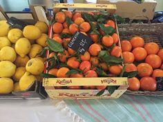 Kokosovo - pomerančové crinkles Crinkles, Vegetables, Food, Vegetable Recipes, Eten, Veggie Food, Meals, Veggies, Diet