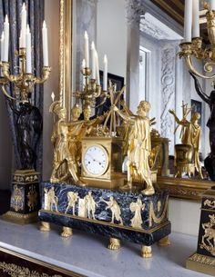 The story of the brothers who vowed to defend Rome and so came to symbolize patriotism was appropriate for a clock in the salon of a king who did everything in his power to reconcile his deeply divided people.