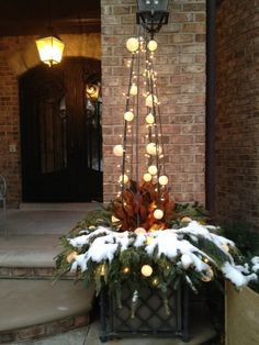 80 Winter Garden Decoration Ideas There is a general conviction. 80 Winter Garden Decoration Ideas There is a general conviction that winter garden Christmas Urns, Christmas Planters, Outdoor Christmas Decorations, Christmas Lights, Holiday Decor, Winter Container Gardening, Winter Planter, Outdoor Planters, Holiday Tree