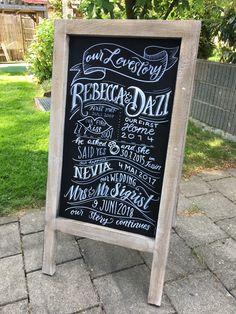 Tolle Tafel als Blickfang für deine Hochzeit. Handgemalt mit deinem Wunschtext Chalkboard Quotes, Art Quotes, Illustration, Our Wedding, Amazing, Gifts, Mariage, Illustrations