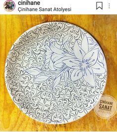Pottery Painting, Ceramic Painting, Ceramic Art, Ceramic Plates, Mandala Stencils, Turkish Art, China Painting, Polish Pottery, Japanese Pottery