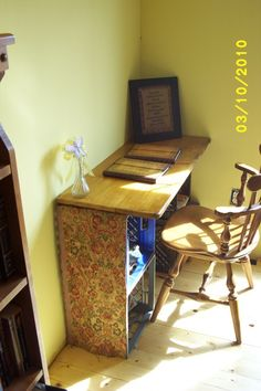 diy desk..crates and a wooden top !!
