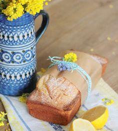 Zitronenkuchen geht immer, nicht nur an Ostern. Auf dem Ostertisch ist er aber auf jeden Fall nicht Fehl am Platz! Nicht überzeugt? Dann schau hier...