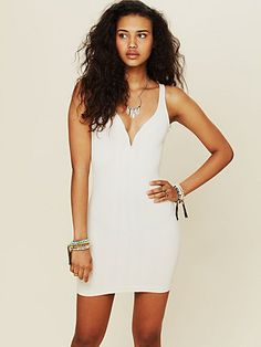 wish I had the bod to pull this off: Deep V Bodycon