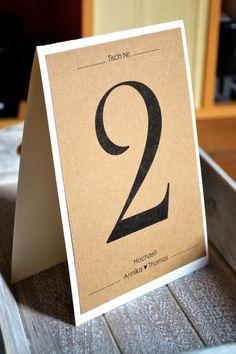 Hochzeitsdeko - Tischnummern Vintage Kraftpapier / creme Hochzeit - ein Designerstück von Velvet-Design bei DaWanda