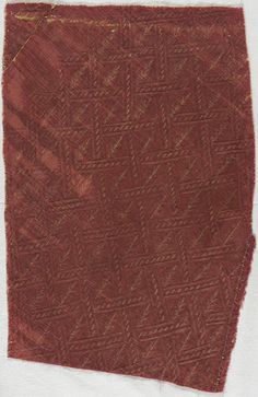 Textile Fragment Italy, 1600-1620 Textiles; fragments Silk twill with supplementary metallic wefts 4 x 10 1/4 in. (10.16 x 26 cm) irregular Museum Patrons Association (M.44.3.6)