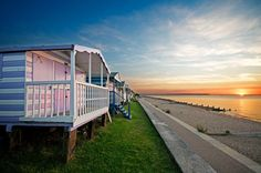 1 Bedroom Cottage in Whitstable to rent from pw, within 15 mins walk of a Golf course. Also with balcony/terrace, TV and DVD. Whitstable Beach, Whitstable Kent, Beach Bungalows, Local Attractions, Beach Fun, Sunset Beach, Beautiful Buildings, Travel Posters, The Great Outdoors
