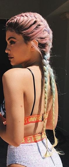 Kylie Jenner rainbow braids