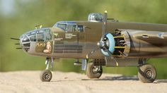 HK Models 1/32 B-25 | Large Scale Planes