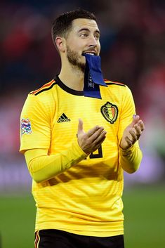 Belgium National Football Team, National Football Teams, Football Fans, Eden Hazard, Cristiano Ronaldo Cr7, Neymar, Football Pictures, English Premier League, Best Player