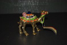 Trinket Box Camel from Dubai / Magnetic by StetsonCollectibles