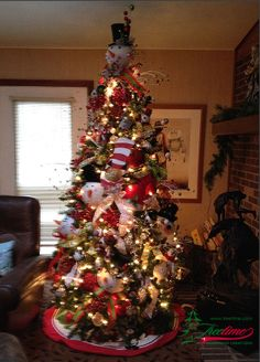 a gorgeous portland pine artificial christmas tree decorated by treetimes customer donna this is truly a designer tree decorated with ornaments and trim - Decorated Artificial Christmas Trees