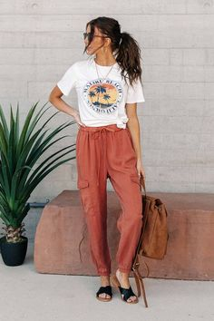 Fashion Tips Outfits .Fashion Tips Outfits Spring Summer Fashion, Spring Outfits, Fashion Week, Fashion Outfits, Female Outfits, 80s Fashion, Fashion 2020, Modest Fashion, Fashion Tips