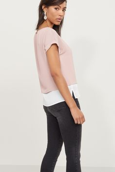 Strike a pose - Layered Dropped Sleeve Tee