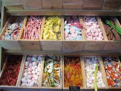 Käramell sweets shop in Paris via Hermine van Djick