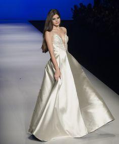 Camila Queiroz - Atriz - actriz - modelo - fashion model - Brasil - brasileira - brasileño - Brazil - Brazilian - telenovela - novela - tv - verdades secretas - secret truths - Angel - cabelo - hair - pelo - bonito - beautiful - hermosa - longo - comprido - long - largo - inspiration - inspiração - inspiración - estilo - style - look - elegant - elegante - chic - vestido - dress - Fabiana Milazzo