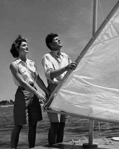 Family photos of John F Kennedy, Jackie Kennedy, JFK Jr., and the rest of the Kennedy family on boats: Style: GQ