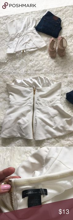 ❗️White tube top (S)❗️ Classy white tube top for sale. With zip up back Tops