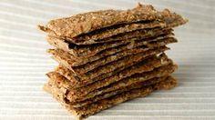 Bytter du ut brødet med disse, kan du lett gå ned noen kilo i vekt. Small Meals, Healing Herbs, No Bake Cake, Crackers, Biscuits, Baking, Breakfast, Ol, Cooking