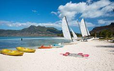An den Stränden findet man umfangreiche Wassersportangebote #Mauritius Mauritius, Strand, Ocean, Island, Landscape, Pictures