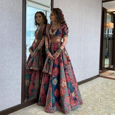 Comfort is the new buzz word. So, this lightweight printed lehenga should be on the top of your wishlist! Indian Gowns Dresses, Indian Fashion Dresses, Dress Indian Style, Indian Designer Outfits, Pakistani Dresses, Fashion Outfits, Indian Bridal Outfits, Indian Bridal Fashion, Pop Up Shop