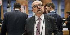 """Mr Legutko: """"EComission is not neutral; it pries in Polish politics""""; """"You have not accepted, that your political cammerades have loose an election in Poland"""" he said;  PAP/Wiktor Dąbrowski"""