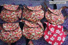 DIY (or tutorial) bag for little girl - At a very small point .- DIY (or tutorial) bag for little girl – At a very small point … Source by - Coin Couture, Baby Couture, Couture Sewing, Sewing For Kids, Diy For Kids, Diy Sac, Diy Purse, Sewing Accessories, Sewing Tutorials