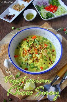 Vegetarian Burmese Khowsuey Recipe with step by step photos . Veggie Recipes, Indian Food Recipes, Soup Recipes, Cooking Recipes, Khao Suey Recipe, Vegetarian Dinners, Vegetarian Recipes, Subzi Recipe, Burmese Food