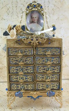 Artfully Musing's Marie Antoinette inspired matchbox chest - stunning papercraft