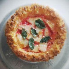 マルゲリータ 🍕  #ミニチュア #miniature #🍕 #pizza #ピザ #マルゲリータ #cheese #チーズ #피자 #margherita #치즈 #미니어처
