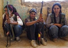 Sneakers, jeans, AK-47s, and courage: the all-female Kurdish #YPJ
