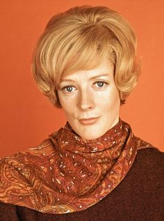 Maggie Smith | 28 Sexy Pictures Of Older Actors When They Were Young