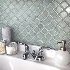 Merola Tile Hudson Tangier Slate in. x 5 mm Porcelain Mosaic - The Home Depot Arabesque Tile Backsplash, Mosaic Tiles, Moroccan Tile Backsplash, Cement Tiles, Moroccan Tiles, Lantern Tile, Small American Kitchens, Modern Outdoor Kitchen, Rustic Kitchen Design