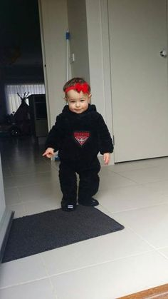 Daniel's little one looking great in some Bomber gear. #DonTheSash