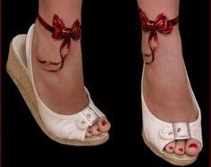 Il tatuaggio con fiocco piccolo o grande da fare sulla spalla o sulla caviglia - Italyan Style