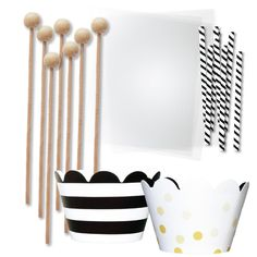 Amazon.com: Cake Pop and Candy Packaging, Wooden Lollipop Sticks, Clear Bags, Gold and Black Wrappers, Twist Ties, 96 Pieces: Kitchen & Dining