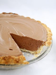 This French Silk Chocolate Pie was recently featured on an episode of Cook's Country TV . There was something so nostalgic and retr. Pie Dessert, Cookie Desserts, Just Desserts, Delicious Desserts, Dessert Recipes, Yummy Food, Chocolate Desserts, Silk Chocolate, Chocolate Lasagna